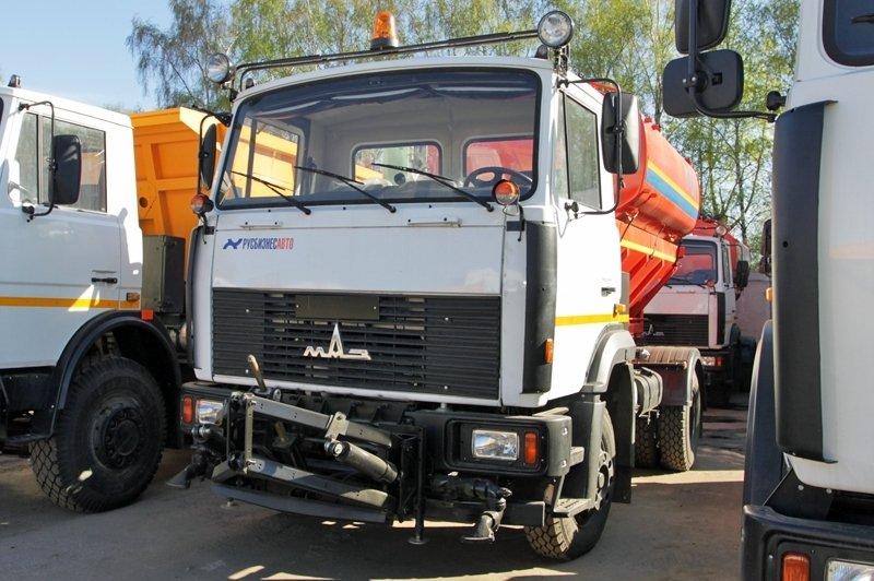 Фото №5:Комбинированная машина КО 713Н-40